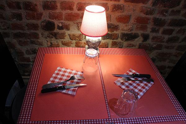 Restaurant le bizet c te c te taverne aux sp cialit s for Diner romantique a la maison